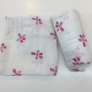 Aden+Anais-Organic-swaddle-Pink-flowers