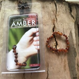 Little_smiles_amber_bracelet_brown